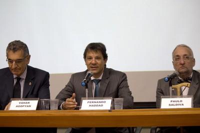 Vahan Agopyan, Fernando Haddad and Paulo Saldiva