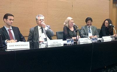 10º Seminário Internacional de Direito Sanitário: Efetivação Democrática do Direito à Saúde - Painel 2