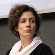 Alexandra Ozorio de Almeida - Perfil