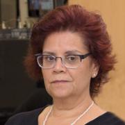 Cassia Navas Alves de Castro