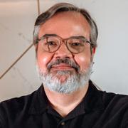 Gustavo Baptista - Perfil