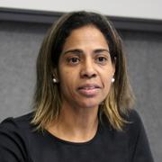 Leticia Reis de Carvalho - Perfil