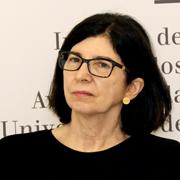Maria Luisa Otero D'Almeida - Perfil
