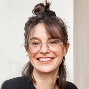 Nora Sternfeld - Perfil