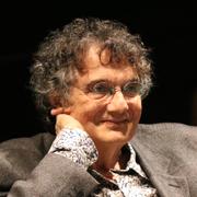 Olívio Tavares de Araújo - Perfil