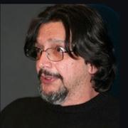 Roberto Araújo - Perfil