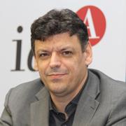 Roberto Pacheco - Perfil
