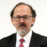 Rogério Arantes - Perfil