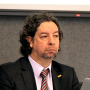 Valdir Fernandes - Perfil