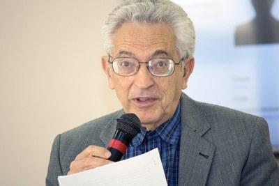 Alfredo Bosi - materia 2