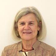 Bárbara Freitag - Perfil