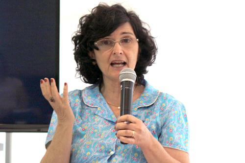 Belinda Mandelbaum