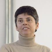 Claudia Visoni - Perfil