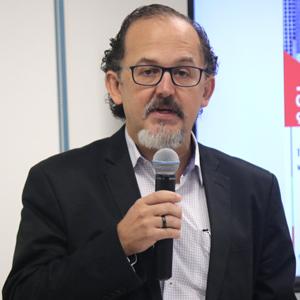 Rogério Arantes