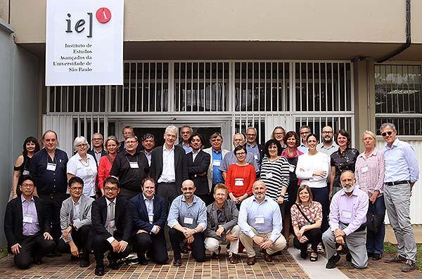 Diretores de IEAs participantes de reunião da Ubias no IEA-USP - 21/3/2018