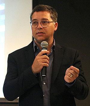 """Eduardo Saron - """"Instituições Culturais 2 - Masp, Bienal e Itaú Cultural"""" - 19/9/2017"""