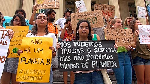 """Estudantes em manifestações - """"Sextas pelo Futuro"""" - São Paulo"""