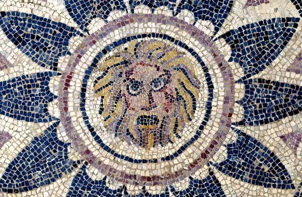 Mosaico: Máscara de Fobos