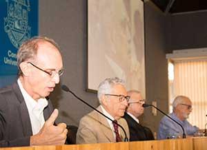 Martin Grossmann, Alfredo Bosi, Rui Curi e Carlos Guilherme Mota - Homenagem aos Professores Visitantes do IEA
