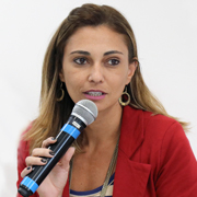 Karine dos Santos - Perfil
