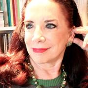 Lucia Santaella - Perfil