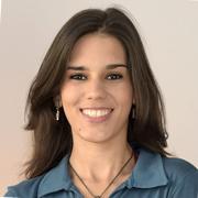 Lya Cynthia Porto de Oliveira - Perfil