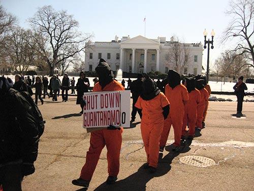 Manifestação pelo fechamento da prisão de Guantánamo