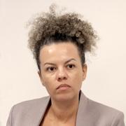 Maria Cecília Oliveira - Perfil