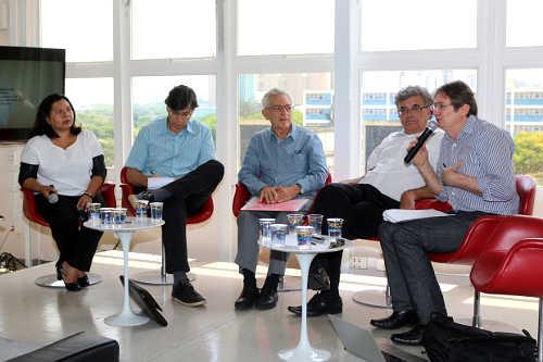 Participantes do debate Desemprego no Brasil