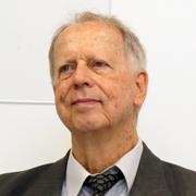 Peter Schweizer - Perfil
