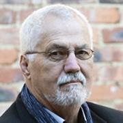Peter Vale - Perfil