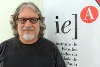 Professor senior - Mario de Vivo