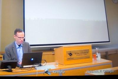 Sami Pihlström via videoconferência