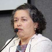 Suely Araújo - Perfil