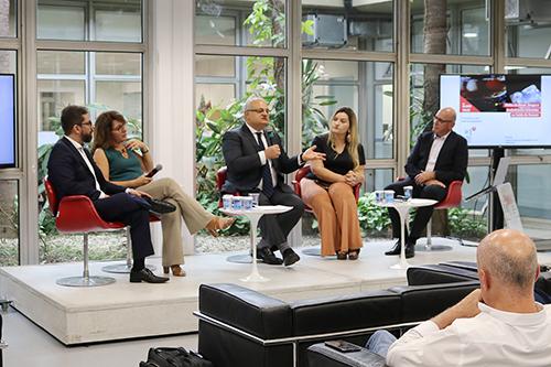 Thiago Afonso Teixeira, Elaine Frade Costa, Jorge Hallak, Gisele Alves e Arthur Guerra