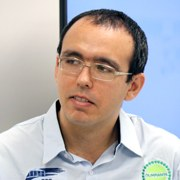 William Douglas de Almeida - Perfil