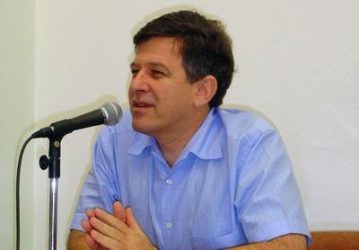 Fernando Reinach