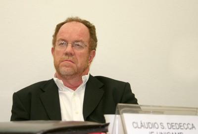 Claudio Salvadori Dedecca