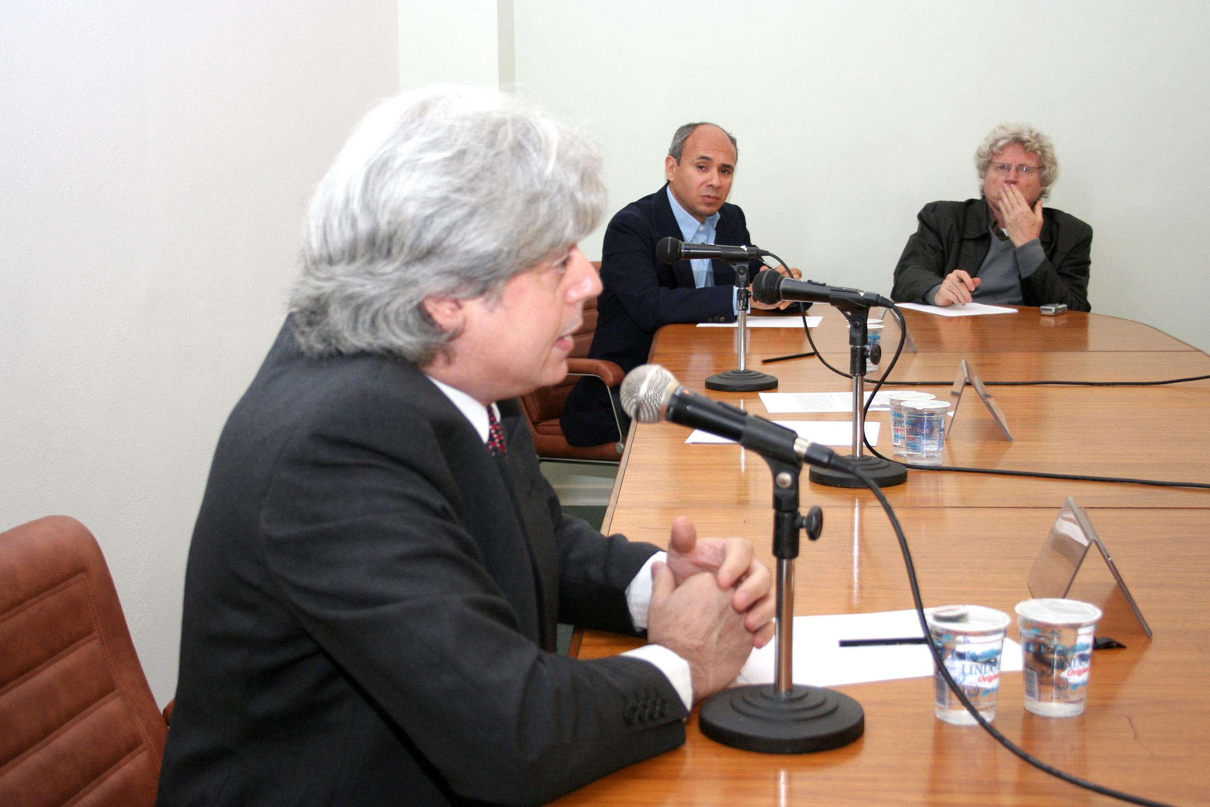 José Esteban Castro, Wagner Costa Ribeiro e Pedro Jacobi