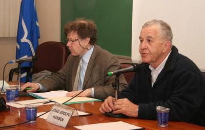 Roger Chatier e João Adolfo Hansen