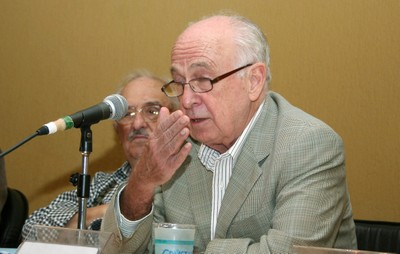 Marco Antonio Coelho e Luiz Carlos Bresser Pereira