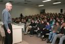 Robert Trivers diante do público