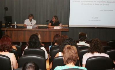 Ana Lydia Sawaya fazs abertura do evento