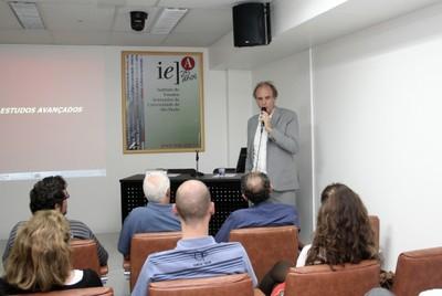 Martin Grossmann faz abertura do evento