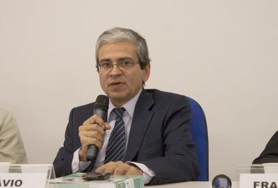 Otávio Pinto e Silva