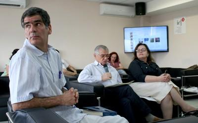 Fernando Limongi, José Álvaro Moisés e Rachel Meneguello
