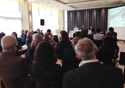Primeira mesa, organizada pelo Helsinki Collegium for Advanced Studies