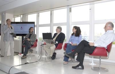 Gílson Schwartz, Claudio Cohen, Maya Mitre e Bernardo Sorj