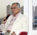 O cientista político José Álvaro Moisés faz a abertura do evento