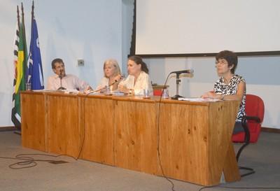 Carlos Augusto Monteiro, Denise Costa Coitinho, Ana Lydia Sawaya e Semíramis Martins Álvares Domene